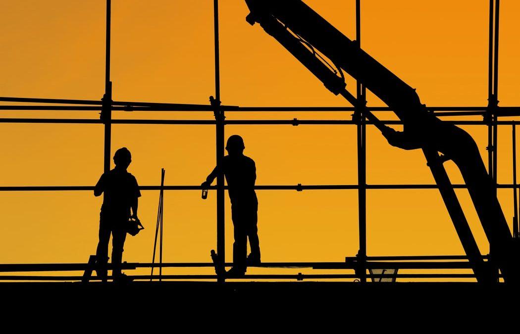 ¿Cómo afecta el clima en un proyecto de construcción?